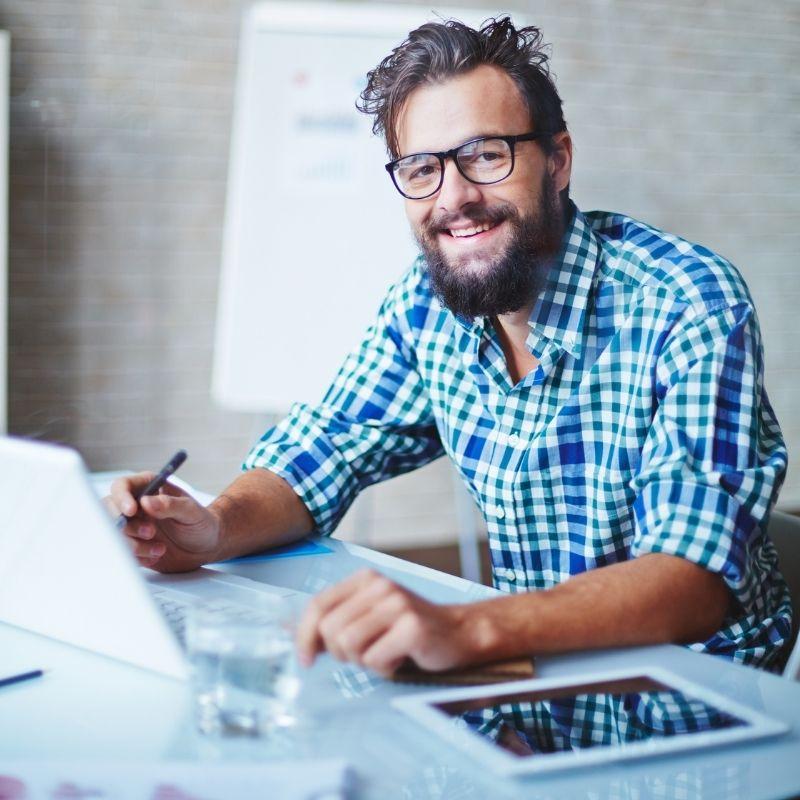 Por que es inteligente invertir en su negocio online